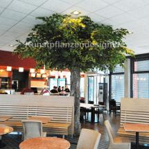 029_dekobaum_im_restaurantbereich_h_400cm___dm_400cm_